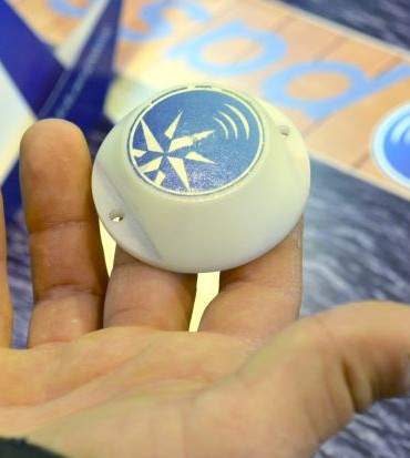 Un badge à technologie RFID devellopé pour la solution bluepass. ©bluepass